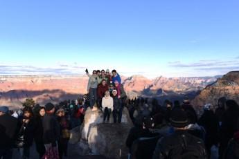 Svensenfamilien samlet Ved Grand Canyonn