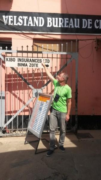 Øivind sjekker velstandsutviklinga siden han var i Afrika for 30 årsiden