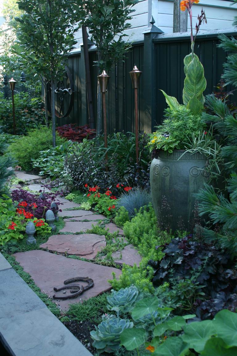 A narrow side yard becomes a fascinating journey ... on Narrow Yard Ideas  id=80214