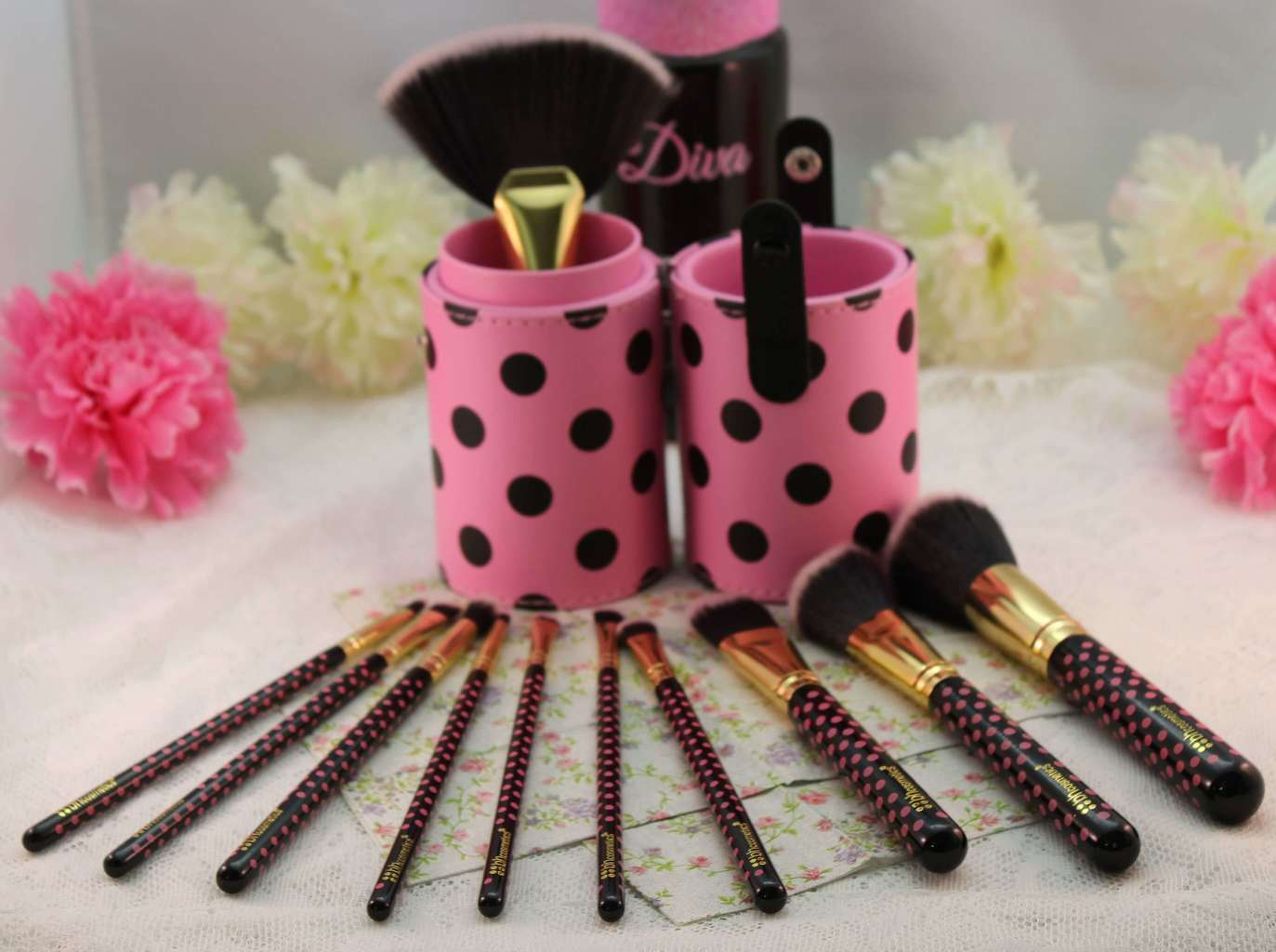 140a978c70b7 Beth and Beauty s Review  BH Cosmetics 11 pcs Pink-A-Dot Brush Set ...