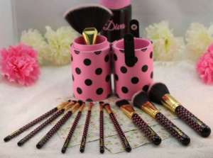 BH Cosmetics 11 pcs Pink-A-Dot Brush Set Review