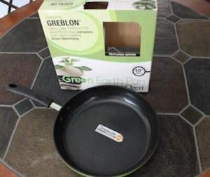 10 inch Green Earth Pan by Ozeri