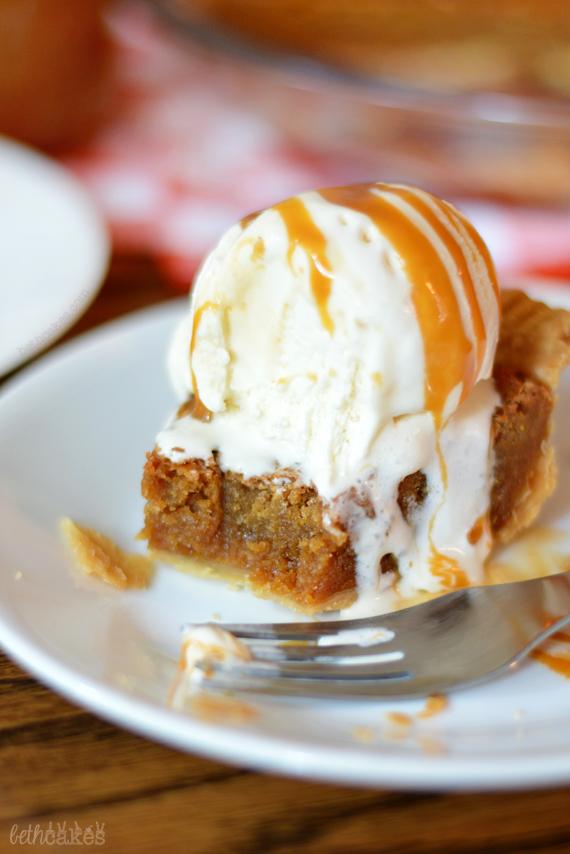 Butterscotch Brownie Pie -bethcakes.com