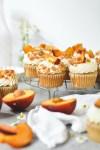 peach pie cupcakes - bethcakes.com