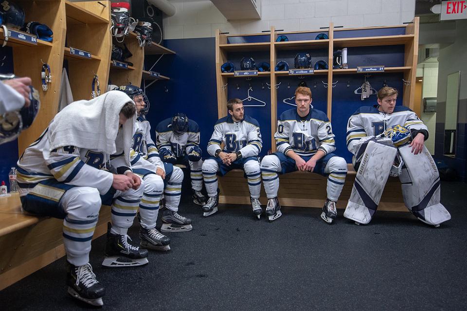 181107_Men'sHockeyShort_Eytcheson_Smith
