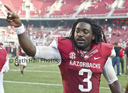 NCAA Football: UL Lafayette at Arkansas