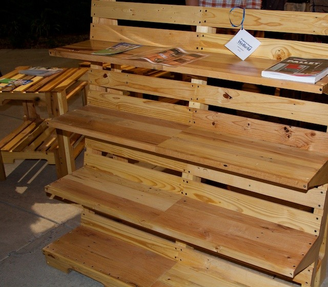 Pallet Fest shelves Oct 2014