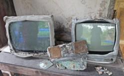 The broken TV sets by eruptions