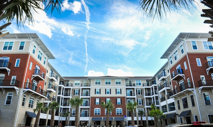 BET Investments Purchases The Flats at 4200 in Tampa, FL