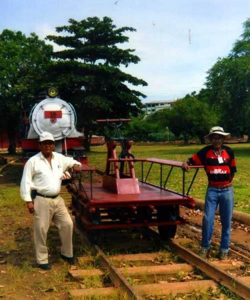 Paulo e Evaristo, ex-ferroviários da EFMM, gigantes na sua restauração