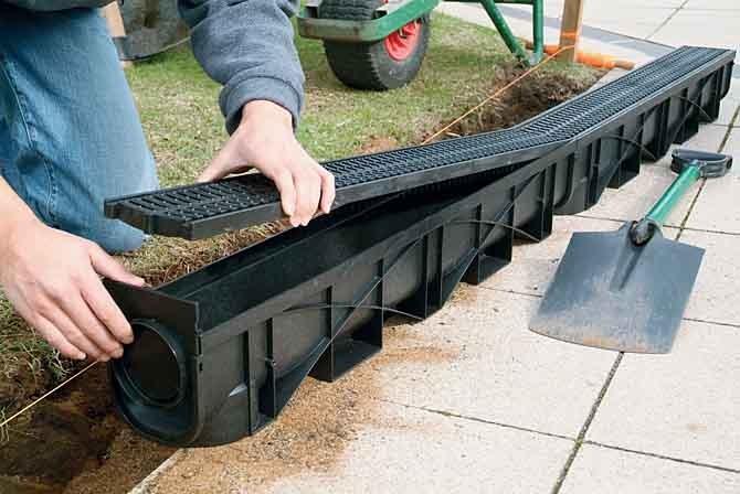 comment installer un caniveau en beton