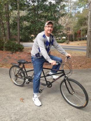 tom-on-bike