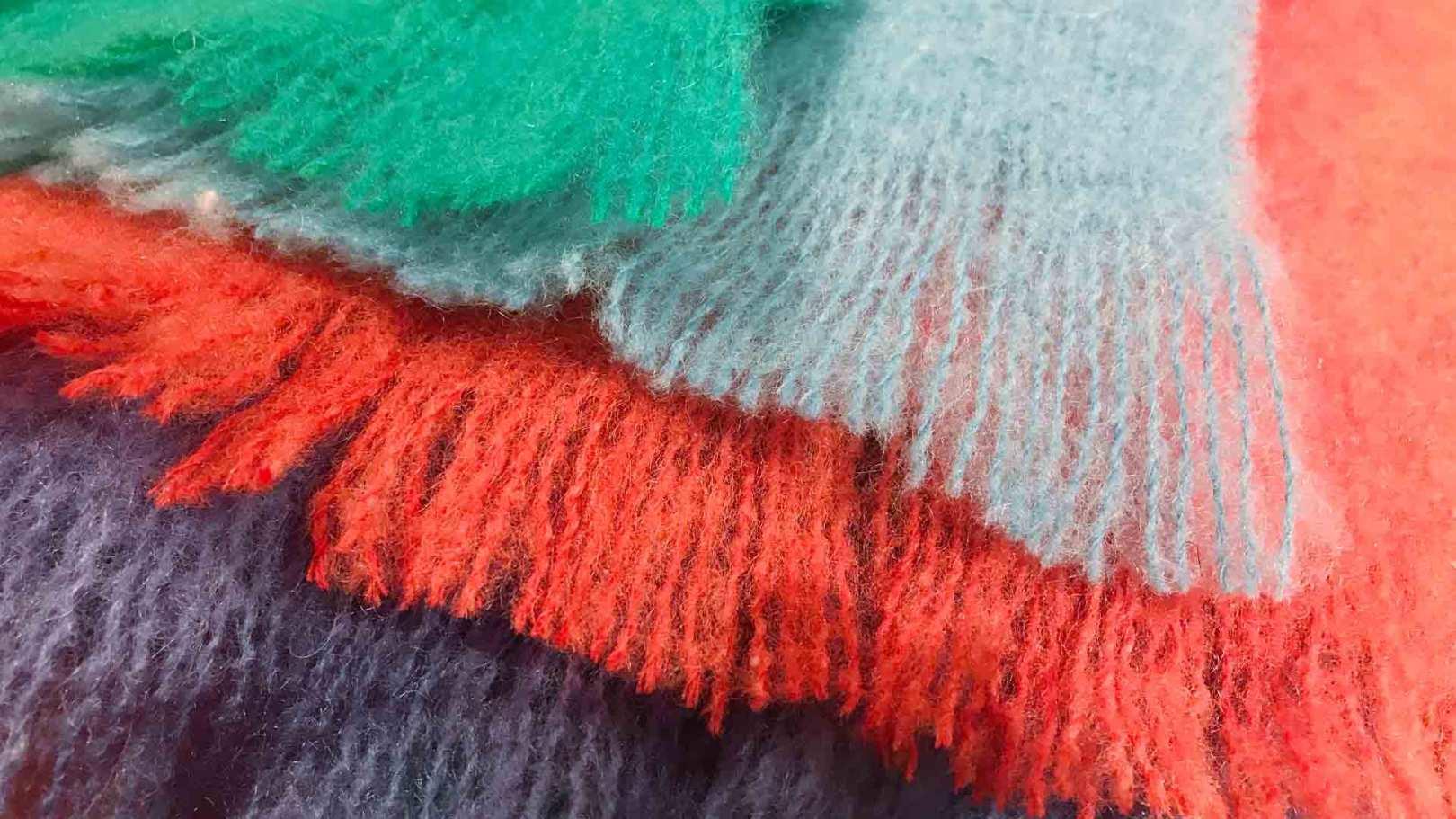 Betten Hoenscheidt Duesseldorf – Decken und Plaids