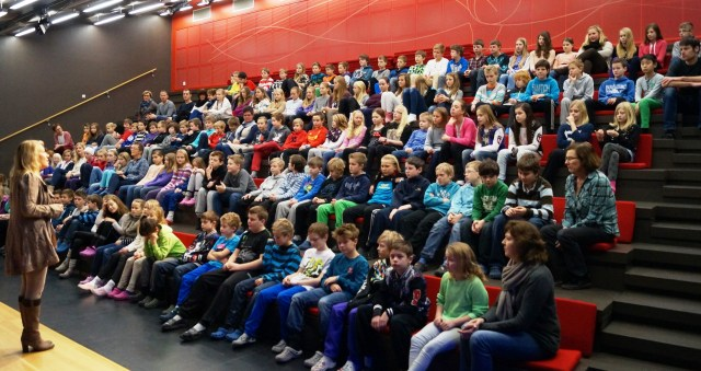 Hege K. Tverberg, Vice-principal at Baerland Skole lectures about lean (Photo: Baerland Skole)