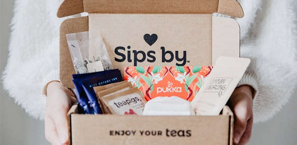 A tea subscription box with different kind of teas to taste