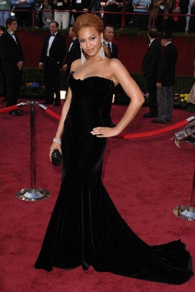 best-oscar-dresses-of-all-time_09