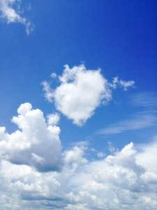 cloud that looks like heart