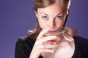 woman alcohol