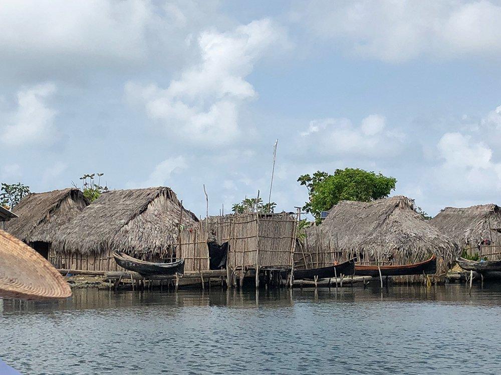 Guna Indian huts