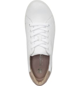 simple white sneaker