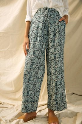 Floral Cropped Pants $128