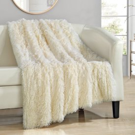 Chic Shaggy Throw