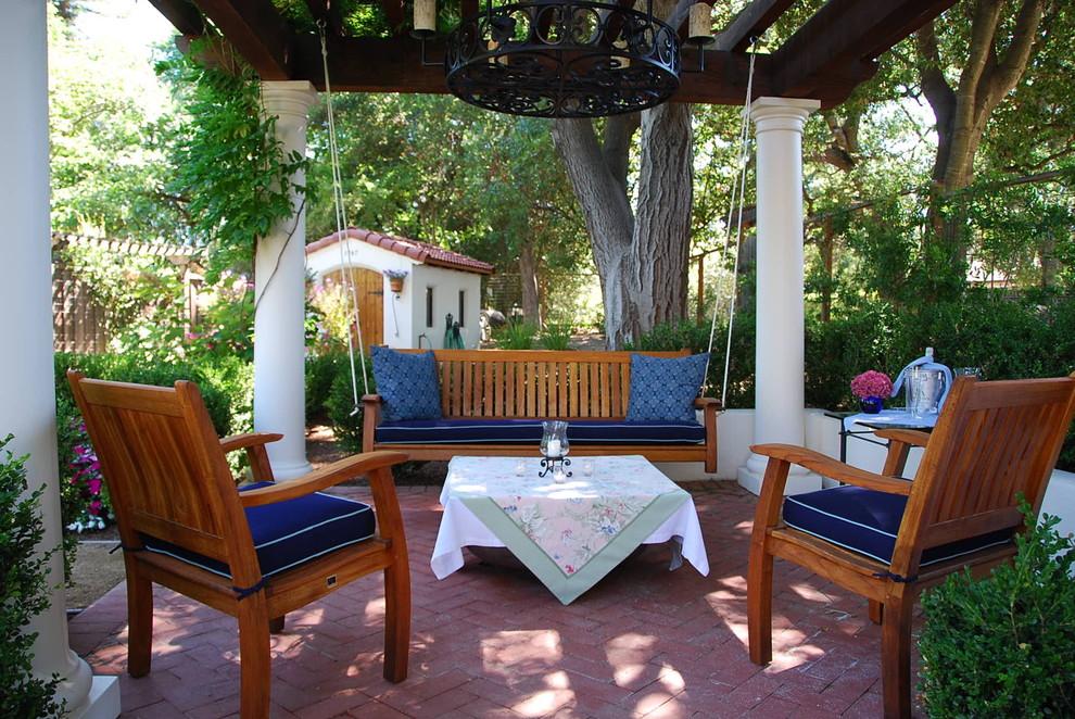 5 Easy Ways to Create a Relaxing Garden Getaway ... on Small Mediterranean Patio Ideas id=29960