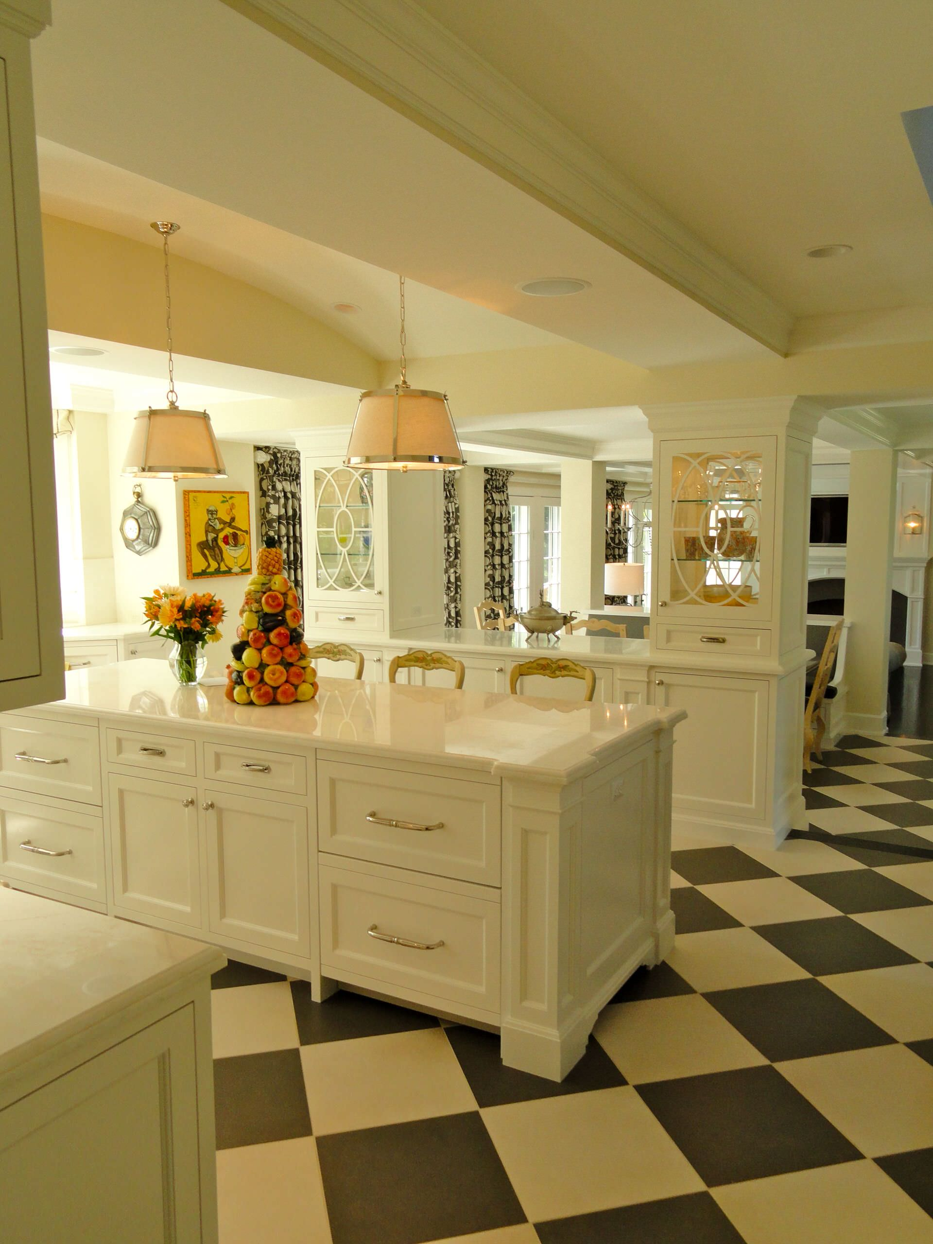 These 5 Tips will Make Your House Look HUGE in Minutes ... on Kitchen Counter Decor  id=20632