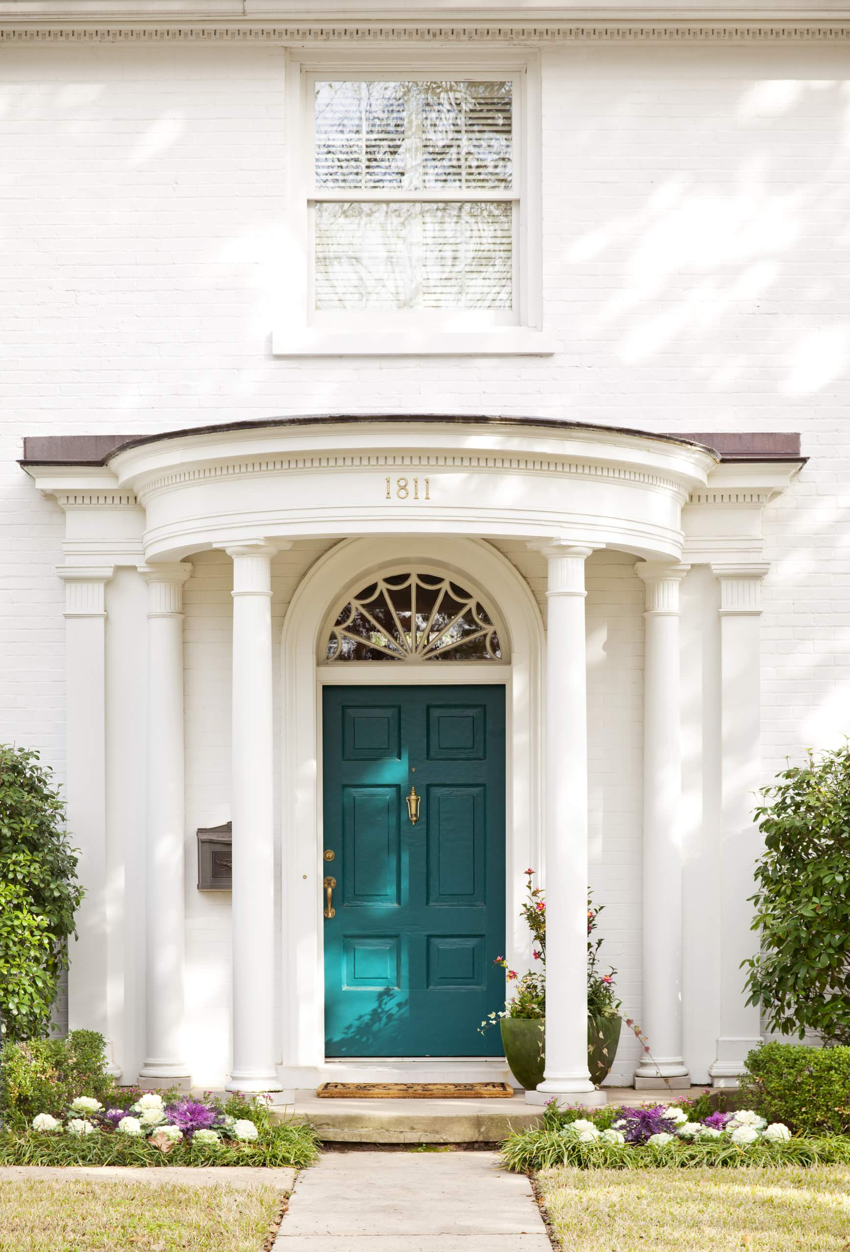 Top 4 Most Gorgeous Home Entries And How to Recreate These ... on Door Color Ideas  id=54808