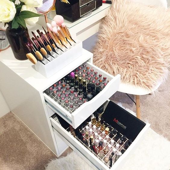 Fabulous Makeup Glam Rooms and How to Decorate Your Own ... on Makeup Room Ideas  id=79173