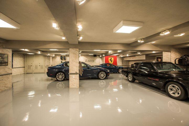 31 Knightswood Road - Basement Garage