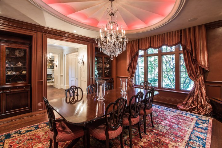 31 Knightswood Road - Dining Room