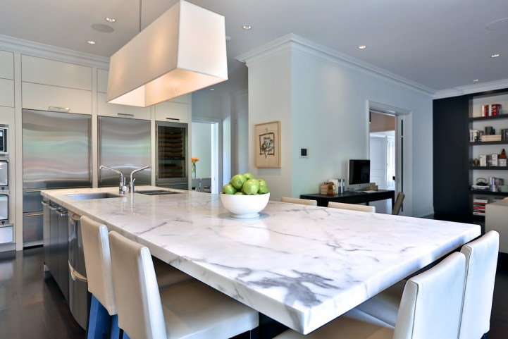 157 South Drive - Kitchen Marble Island