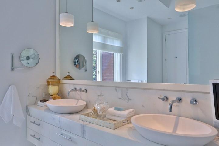 157 South Drive - Master Ensuite Bathroom Vanity