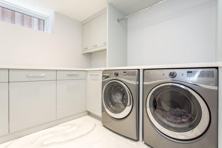 181 Crescent Road - Laundry Room