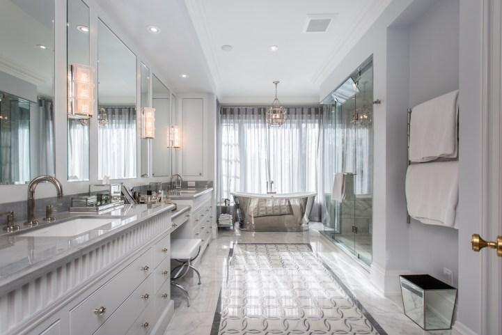 181 Crescent Road - Master Bedroom Bathroom From Door