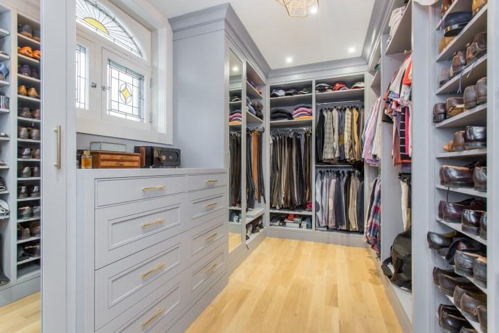 181 Crescent Road - Master Bedroom Closet