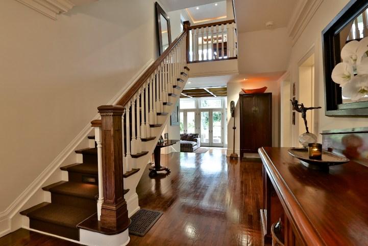 230 Russel Hill Rd - Main Hallway