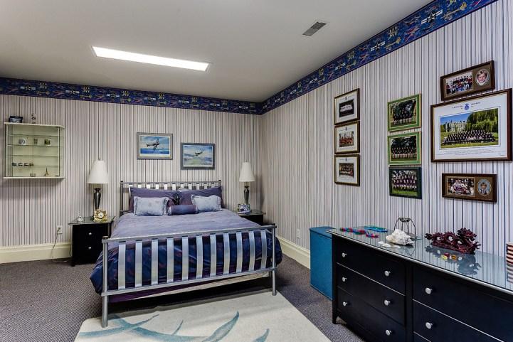37 Edgehill Road - Bedroom Wallpapered