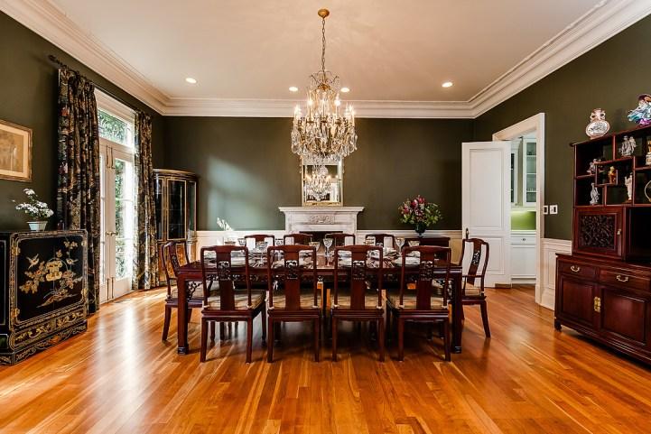 37 Edgehill Road - Dining Table