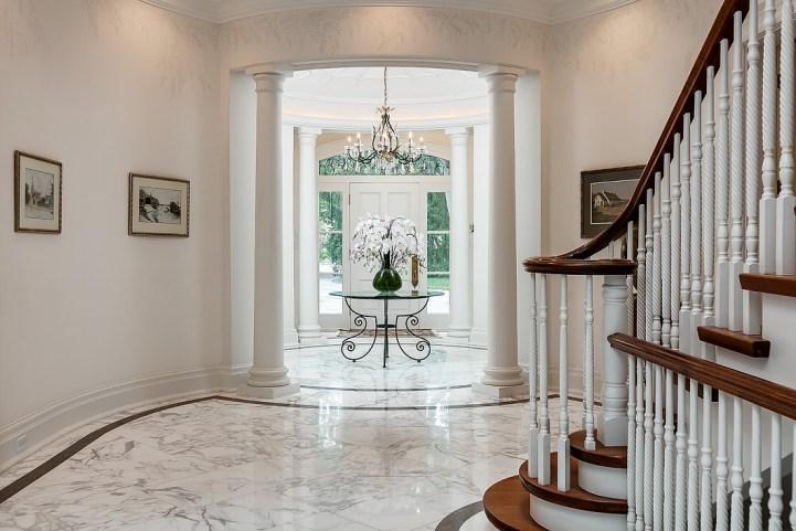 37 Edgehill Road - Foyer
