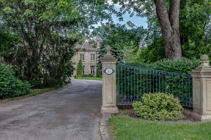 37 Edgehill Road - Gate Exterior