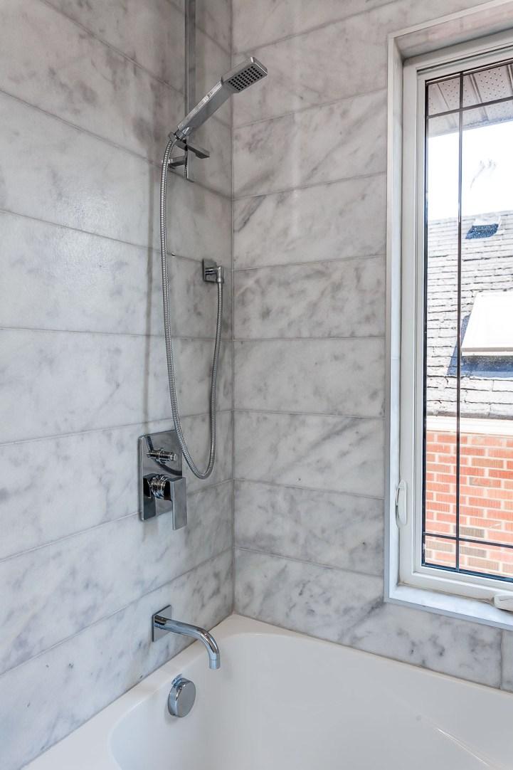 390 Brookdale Avenue - Bathroom Marble Tile Tub