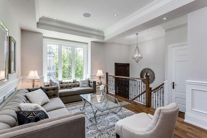 390 Brookdale Avenue - Living Room