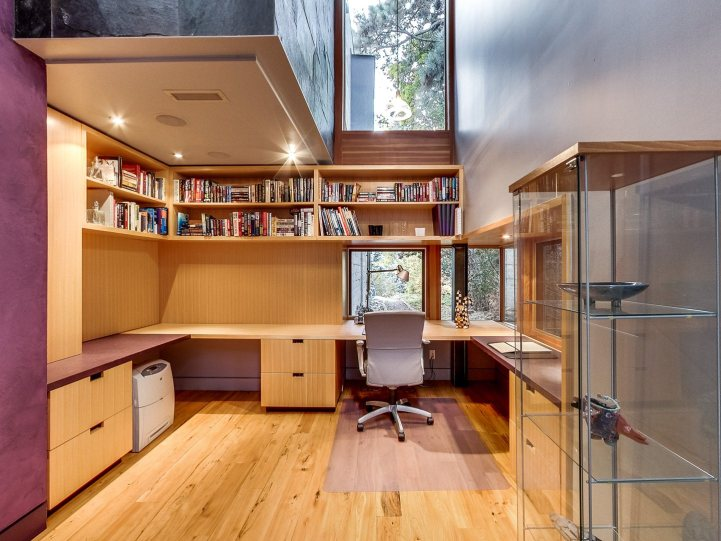 421 The Kingsway - Home Office
