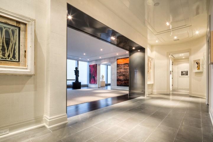 #5002 - 50 Yorkville Avenue - Entry Foyer