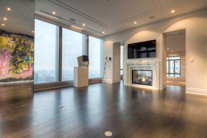 #5002 - 50 Yorkville Avenue - Great Room
