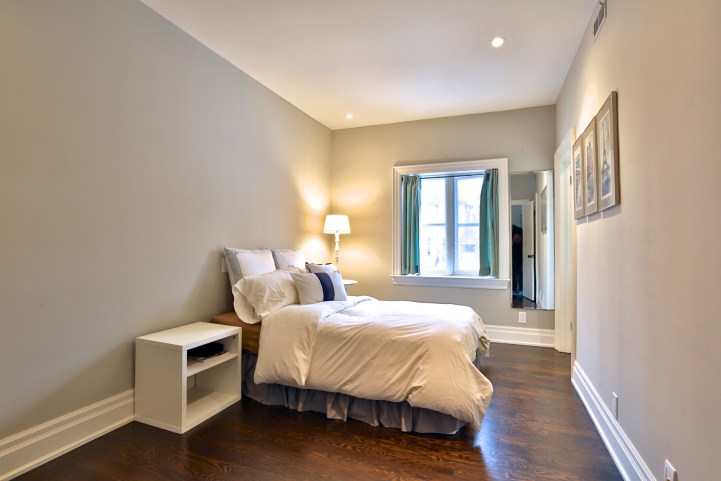 91 Crescent Road - Bedroom Small Bed