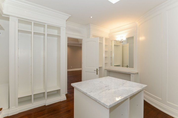 54A Heathcote Avenue - Master Bedroom Closet