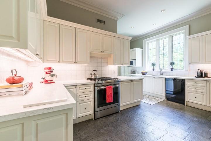 88 Wychwood Park - Kitchen Stove